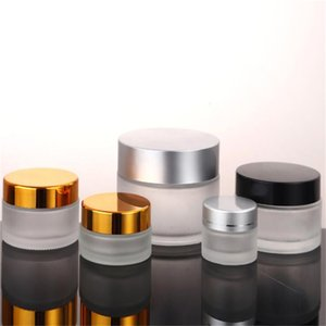 5G 10G Tarra de vidrio esmerilado Botella de cosmética vacía Recipiente recargable para crema de ojos Loción Bálsamo de labios con tapa de oro de plata negra