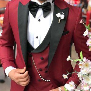 2021 Classy Burgundy Wedding Tuxedos Mens Suits Slim Fit Peaked Lapel Prom BestMan Groomsmen Blazer Designs Three Piece Set( Jacket+Pants+Vest+bowTie) B2021