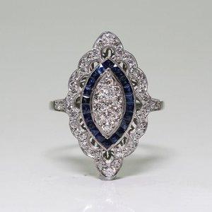 Cluster Rings Retro Flower Shape For Women Blue Zircon Jewelry Ring Bride Classic Wedding Engagement Full Drill
