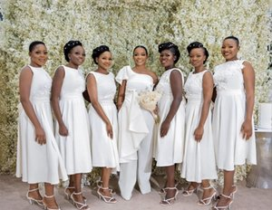 Black Girls African Cheap Short Bridesmaid Dresses Jewel Neck Pleats Tea-length Lace Applique Wedding Party Guest Gown Maid of Honor Dress
