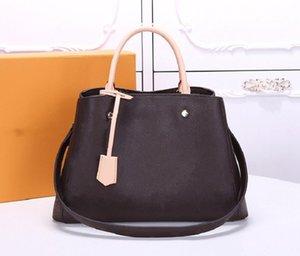 Luxurys 2021 Montaigne BB Handbags Mulheres Mulheres Bolsas De Ombro Messenger Crossbody Bolsa Moda Designers Carteira