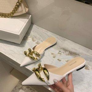 Terlik 2021 Bahar Kadın Terlik Marka Altın Zincir Katır Üzerinde Kayma Ayakkabı Düz Topuk Yasak Sivri Burun Bayanlar Slide Sandal