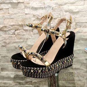 Yaz Kadın Yüksek Topuklu Sandalet Çivili Kama Slaytlar Kırmızı Alt Kediler Sandal Bayan Moda Terlik Bayanlar Gladyatör Terlik Ayakkabı