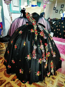 2021 Sexy Black Colorful Embroidery Flower Charra Mexican Quinceanera Prom dresses Satin Sweetheart Cheap Sweet 15 Cheap Party Formal Dress