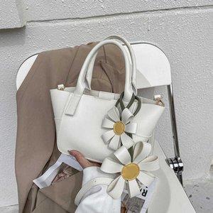 2021's Women's Korean Version, New Flower Decoration Wing Bag, Fashion Net Red, the Same Handbag