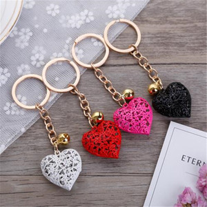 Hollow Heart Keychains Girls Charm Pendant Keychain Women Purse Bag Car Key Chain Keyring Ornaments Fashion Accessories Wholesale
