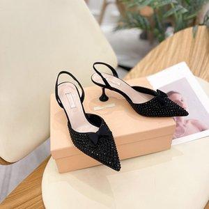 Nuevo diseñador de marca Genuine Real Afilo Mujer Sandalias Zapatos de boda Paseo de tacón de tacón Punto puntiagudo Toe Stiletto Sandalias Sandalias Blanco Bowknot