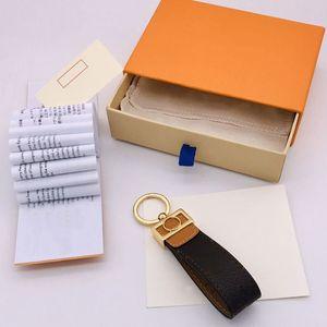 Fashion Luxury Designer Cute Men Women Fashion Bag Hanging Buckle Keychains Waist Key Chain Handmade Leather Holder Lover Keychain 2021