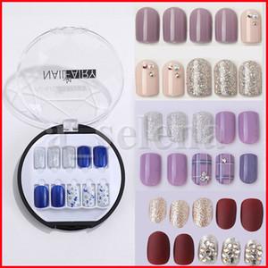 39 estilos 30 pçs / set Nail Art Dicas Design Curto Cobertura Capa Diamante Decalque Decalque Falsas Pressione as unhas com cola Artificial Fake Nails