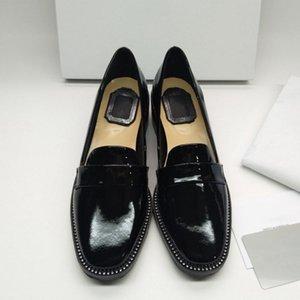 Черная патентная кожа Mary Janes Обувь женщин Кристалл Декор Квадратные Насосы Женские Повседневные Обувь Slip - На 2021 Женщины