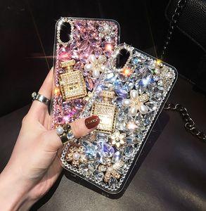 Caja del teléfono de la botella de perfume superior para el iPhone 12 11 Pro Max Diamond Bling Shell protector para Samsung Galaxy S10 S20
