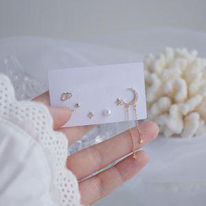2021 Coréen HOT Selling Mode Bijoux de mode 6 pièces Simple Cuivre En Cuivre Inlaid Zircon Star Moon Boucles d'oreilles Tassel non standard