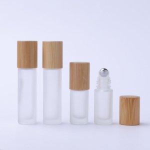 Lagerflaschen Gläser 30 stücke 10ml Nachfüllbare Sprühflasche Rollen Sie auf Glas für den ätherischen Ölwalzenbehälter mit Bambusdeckel