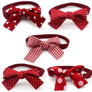 50/100 PCS Accesorios de cachorro Día de San Valentín Puppy Dog Cat Bowties Red Dog Arcos Cuello Collar Suministros para mascotas Lazos de arco