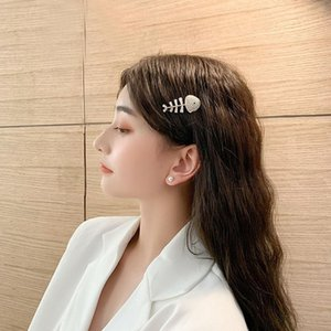 S1780 Hot Fashion Jewelry Fishbone Rhinstone Hair Clip Barrette Womens Girls Hairpin Barrettes Bobby Pin 1