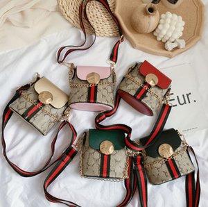 Luxury kids bucket handbags Designer girls letter printed one-shoulder bags children Metal chain messenger bag lady style women mini Purse A6159