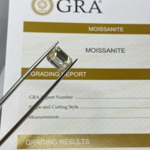 Loose Diamonds China Meixidian 9*11 MM 4.3 Carat VVS Emerald Cut Gemstone With GRA Certificate Yellow Moissanite