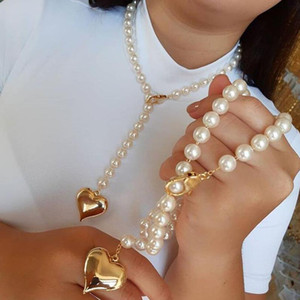 Imitation Pearl Necklace With Heart Planet Pendant Necklace For Women Vintage Wedding Party Coin Lock Chain Necklaces Jewelry
