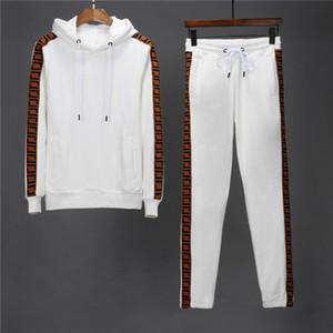 Erkek Eşofman Tasarımcıları Eşofman Hoodie Tişörtü Siyah Beyaz Sonbahar Kış Joggingers Spor Takım Elbise Erkek Ter Eşofman Seti Artı