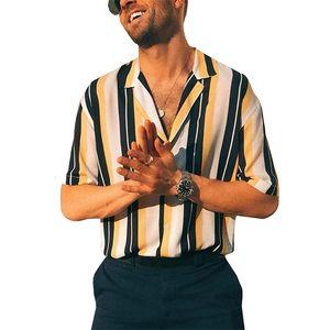 2021 TopLimit homens de verão em camisas curtas Botão listrado para baixo Coloque a impressão de colarinho havaiano praia ocasional versão superior blusa 9VR7