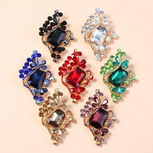 Moda Nuevo elegante Cristal Rhinestone Flower Broche Para Las Mujeres Simple Retro Personalidad Pines Jewelry