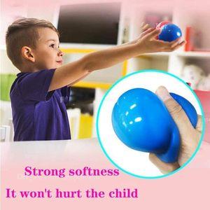 Palloni da soffitto da 1pc Luminescente Stress Stress Stress Stress Sticky Ball Glow Stick al muro e cade lentamente Squishy Glow Giocattoli per bambini Adulti FY7601