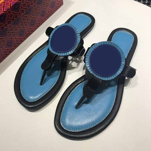 Femmes de haute qualité Pantoufles Été Sandales plates de Prestige Été Sandales en cuir véritable Flops Plage Diapositives Marque Dames Sandal Double boucle double boucle Sligper