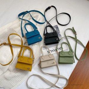 Luxury Girls Grind arenaceous handbag Vintage kids metal letter buckles chain messenger bag 2021 designer children one shoulder bags A7945