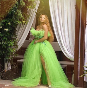 Sexy Neon Green Tulle Evening Party Dresses 2021 Strapless Formal Dress with Side Slit Appliques See Through Long Prom Gowns Exposed Boning