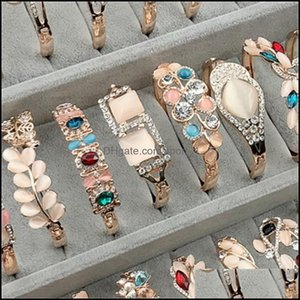 Charm Jewelrycharm Bangle Bracelet Rose Gold Sier Mix Different Styles Wholesale Cat Eye Gem Rhinestone Jewelry Korean Fashion Quality Brace
