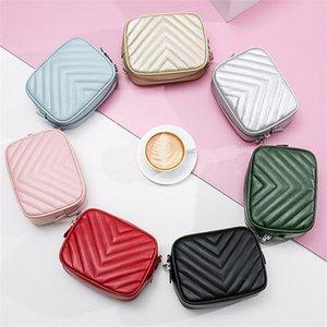 7 Renkler Bayan Tasarımcı Çanta Çanta Aksesuarları Tasarımcılar Çantalar Çantalar Kapitone Deri Crossbody Moda Omuz Çantaları DD038