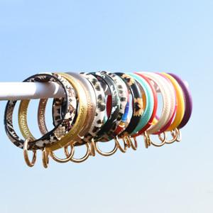 Round Bangle Bracelet Keychain Buckle Round Wristbands Short PU Bracelets Key Fob Fashion Wristlet Key Rings for Women Gift Kimter-Q23FZ