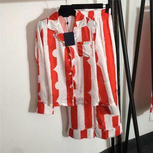 Letter Print Womens Sleepwear Pajamas Set Home Clothing Long Sleeve Shirt Pants High Qaulity Nightwear For Women