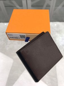 Short wallet classic fashion trend leisure business horizontal wallet personality soft leather wallet 11 * 9.5 * 1.5cm C031