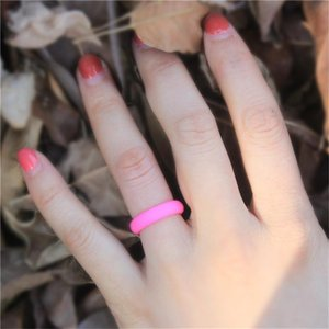 Wedding Rings 4pcs Silicone For Women Rubber Bands Hypoallergenic Flexible Finger Ring Fashion Jewelry