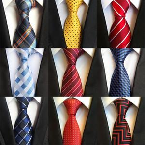 Concepteur Hommes cravates 38 Design Col de soie Cravates à rayures à carreaux de 8cm pour hommes Formal Business Wedding Party Gravatas 254 R2