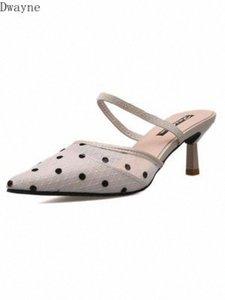 Sommer neue koreanische High Heeled Womens Schuhe Polka Dot Mesh Garn spitz halb Hausschuhe mit Sandalen weiße Schuhverkauf Wildlederstiefel von, $ f7jx #