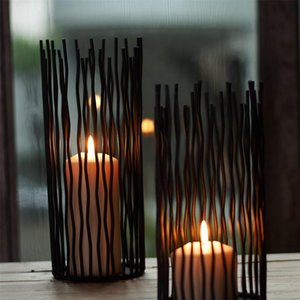 Hollow Iron Candle Holder Candlestick Geometric Wedding Decoration Coffee Table Candle Stand Living Room Home Decor Gifts Y0224