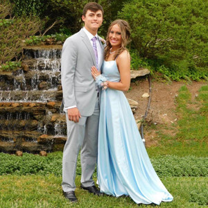 Sky Blue Satin Long Evening Dresses Sleeveless Floor Length Formal Prom Gowns Sweep Train Robe de Soiree