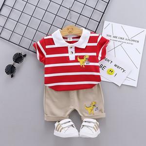 Baby Boys Летние наряды Новые Детские Динозавры Насос отворотки с короткими рукавами + шорты 2 шт. Устанавливает детские малыши повседневные комплекты одежды C6898