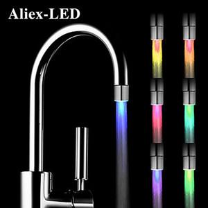 Yeni LED Gece Işık RGB Musluk Yaratıcı Su Lambası Duş Lambaları Romantik 7-Renkli Mayo Ev Banyo Dekoratif Işıklar C0305