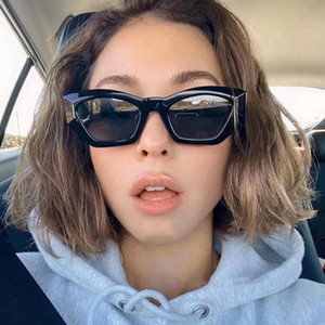 Mujeres gato ojo gafas de sol de tamaño pequeño tamaño diseñador moda retro damas gafas de sol hembra negro púrpura rojo gafas UV400