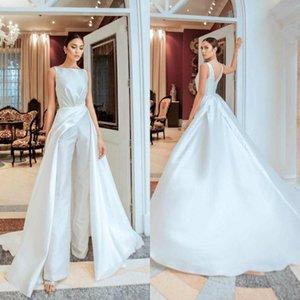 Robes de fête Blanc Combinaison de bal blanc avec un train détachable Col de bijou à col satiné Soirée Soirée Soirée Soirée Robes de réception