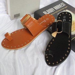 XPay 2021 Sommer Neue Frau Hausschuhe Flip Flops Flache Sandalen Offene Zehe Mode Niet Outdoor Schuhe Pantuflas Mujer Plus Größe 43