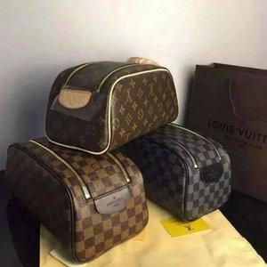 #700 Louis Vutton bag Newest Wholesale cosmetic bag women big travel organizer bag for men storage wash bags make up purse men double zipper purse Cosmetic case