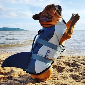 Summer Pet Dog Life Jacket Clothes Shark Style Flotation Vest Small Medium Large Dogs Safety Swimming Suit Preserver 201030