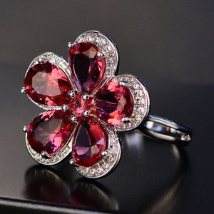 HBP fashion A luxurious red girl with plum shaped zircon ring and elegant temperament