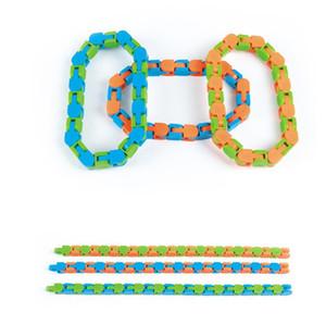 Últimas pistas de Wacky Snap y haga clic en Fidget Toys Snake Puzzles Tangle Toys para niños adultos Party ADHD Autismo Alivio de estrés Mantiene los dedos FY762