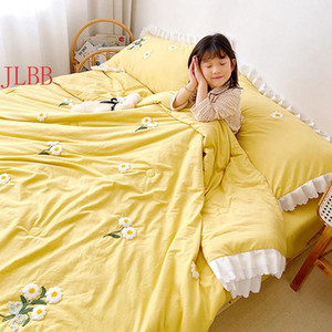 Bedding Sets 2021 Fresh Ruffles Quit Set 3 4pcs 3D Daisy Embroidery Washed Cotton Comfoter Princes Cool Summer Bed Linen Blanket 1pc