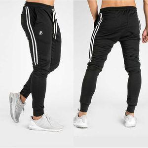 Беги пробежки брюки мужские черные пробежки тренажерный зал тренировки беговые штаны мужские полосатые спортивные спортивные спортивные штаны спортивные брюки спортивные брюки T200326